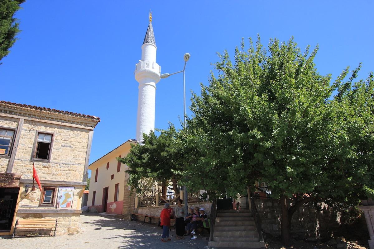 Мечеть в деревне Бигалы