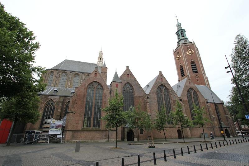 Готическая церковь Гроте Керк