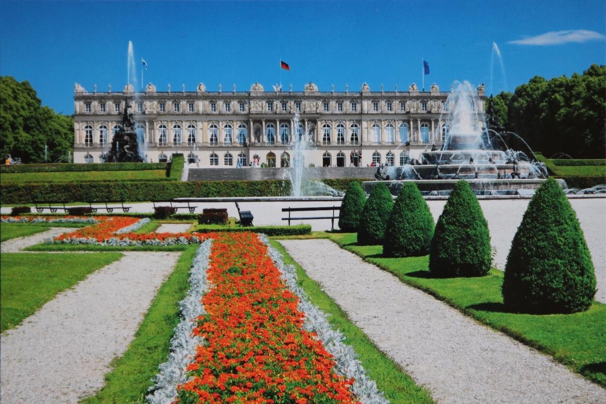 Дворец Херренкимзе (фото с открытки)