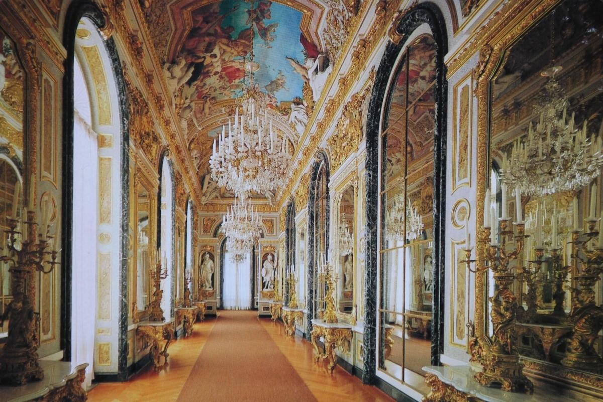 Дворец Херренкимзе. Малая игровая галерея (фото с открытки)