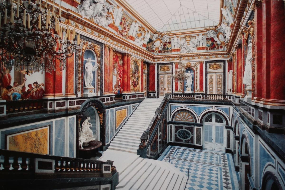 Дворец Херренкимзе. Парадная лестница (фото с открытки)