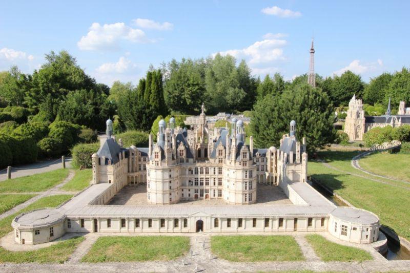 Замок Шамбор в долине Луары