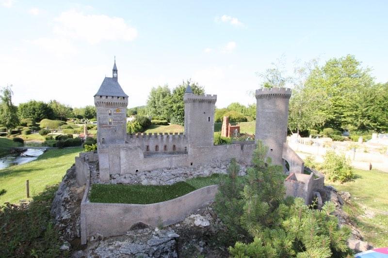 Замок Фуа в Пиренеях