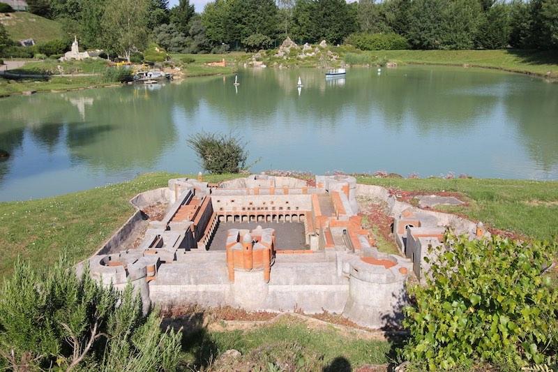 Форт в Салз-ле-Шато