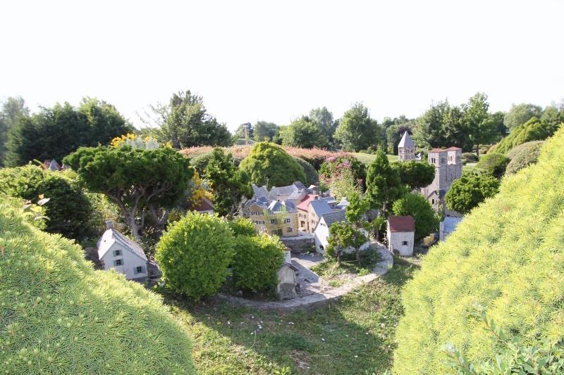 Деревня и церковь Сен-Нектер