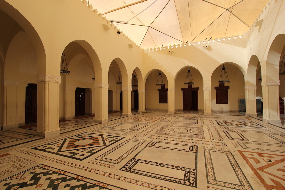 Внутренний двор мечети Эль-Джуффали