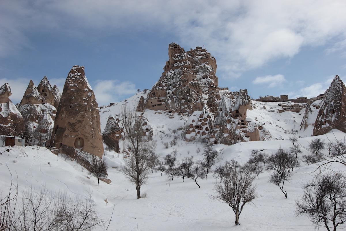 Вид на северный склон скалы