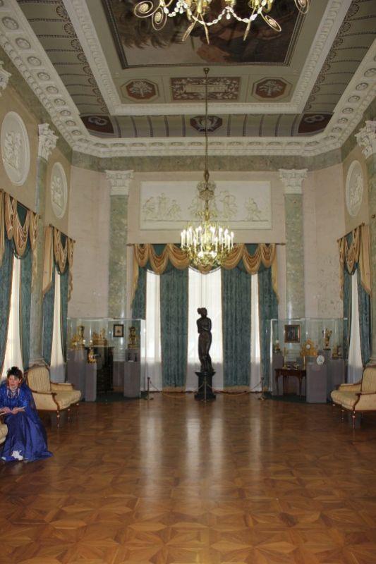 Мраморный зал дворца Н. А. Дурасова