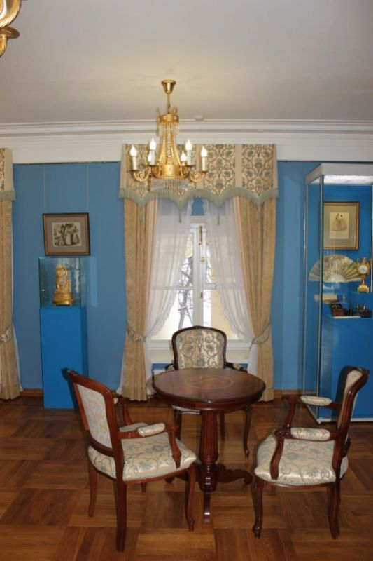 Один из залов дворца Н. А. Дурасова