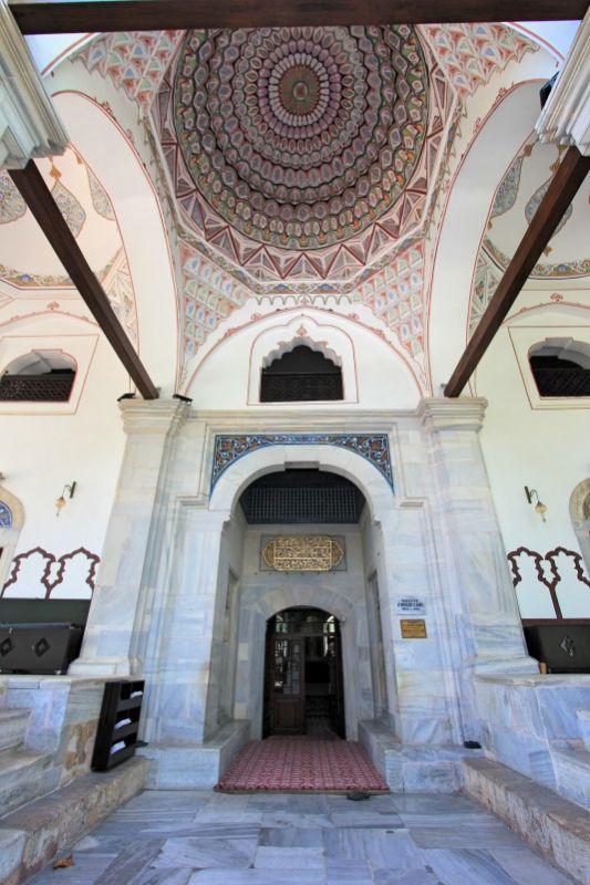 Портал мечети Мурадие
