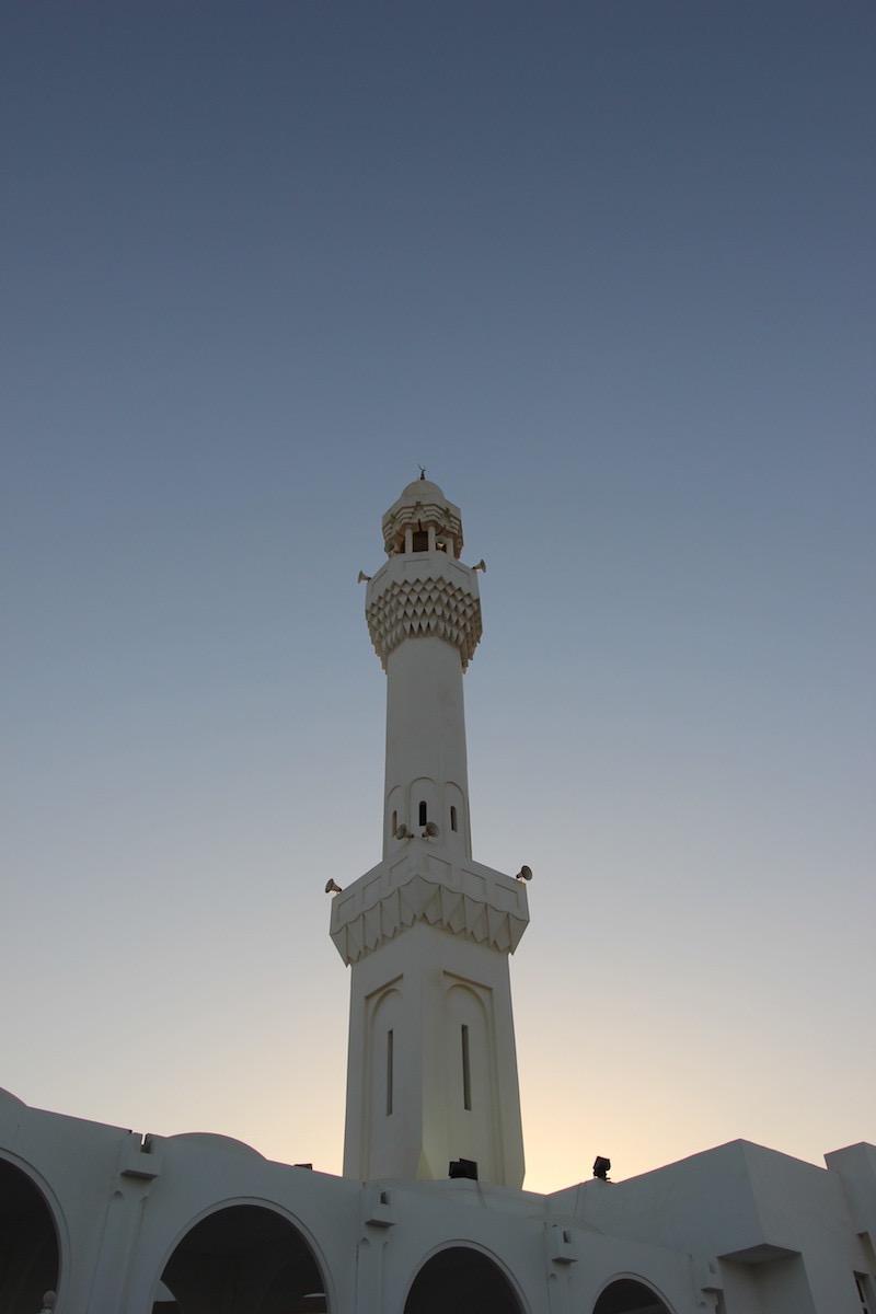 Мечеть Ар-Рахма перед закатом солнца