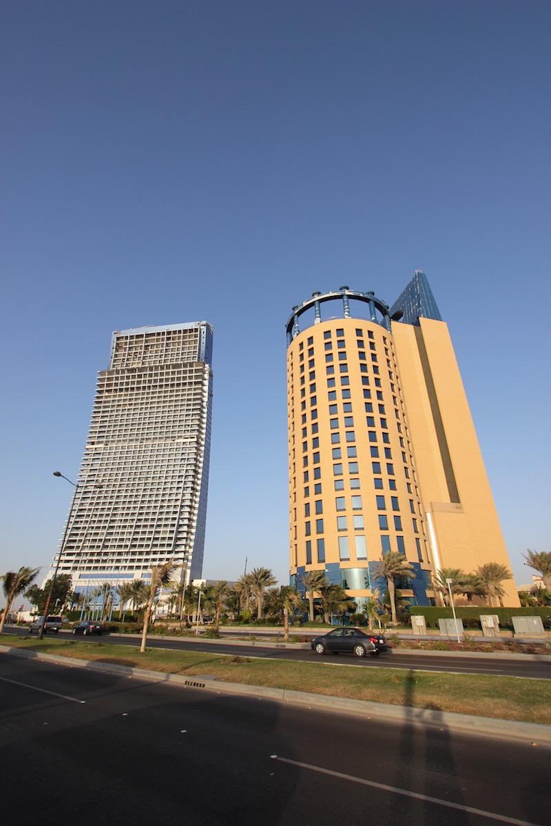 Отель Rosewood Jeddah и башня Al Jawharah