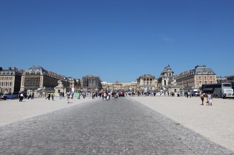 Оружейная площадь перед дворцом