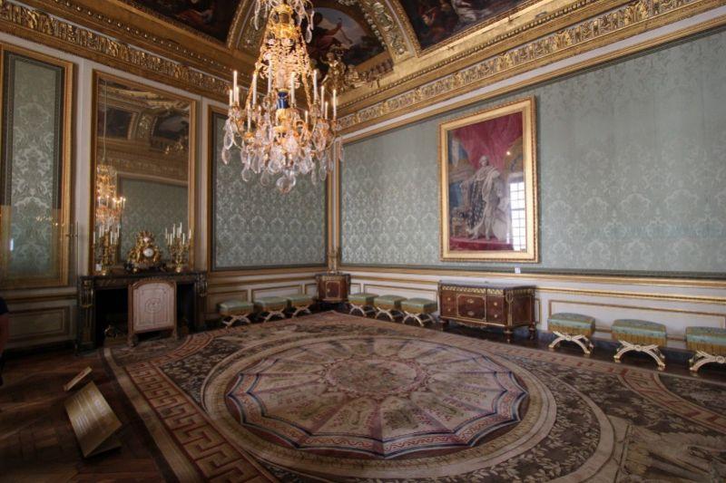 Дворянский салон в Версале