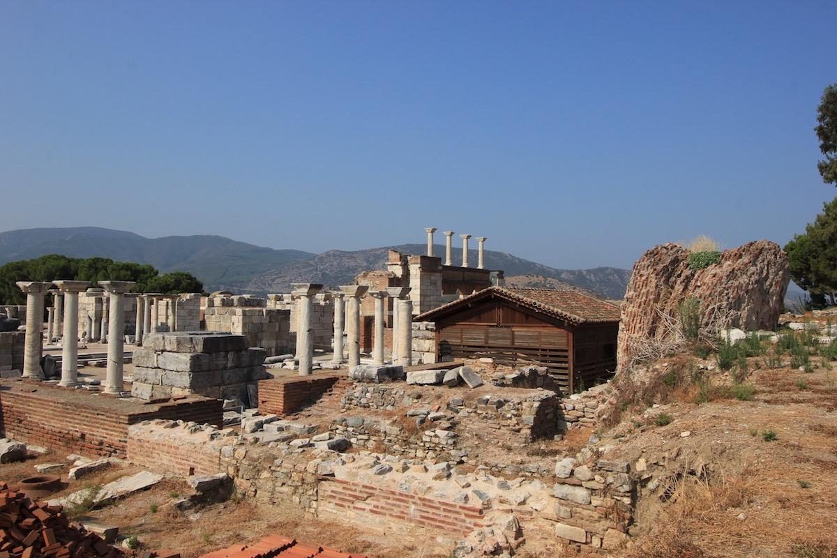 На руинах церкви Святого Иоанна