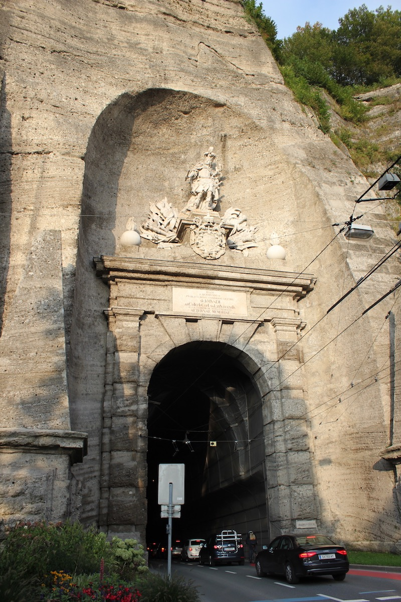 Въезд в туннель Зигмундстор