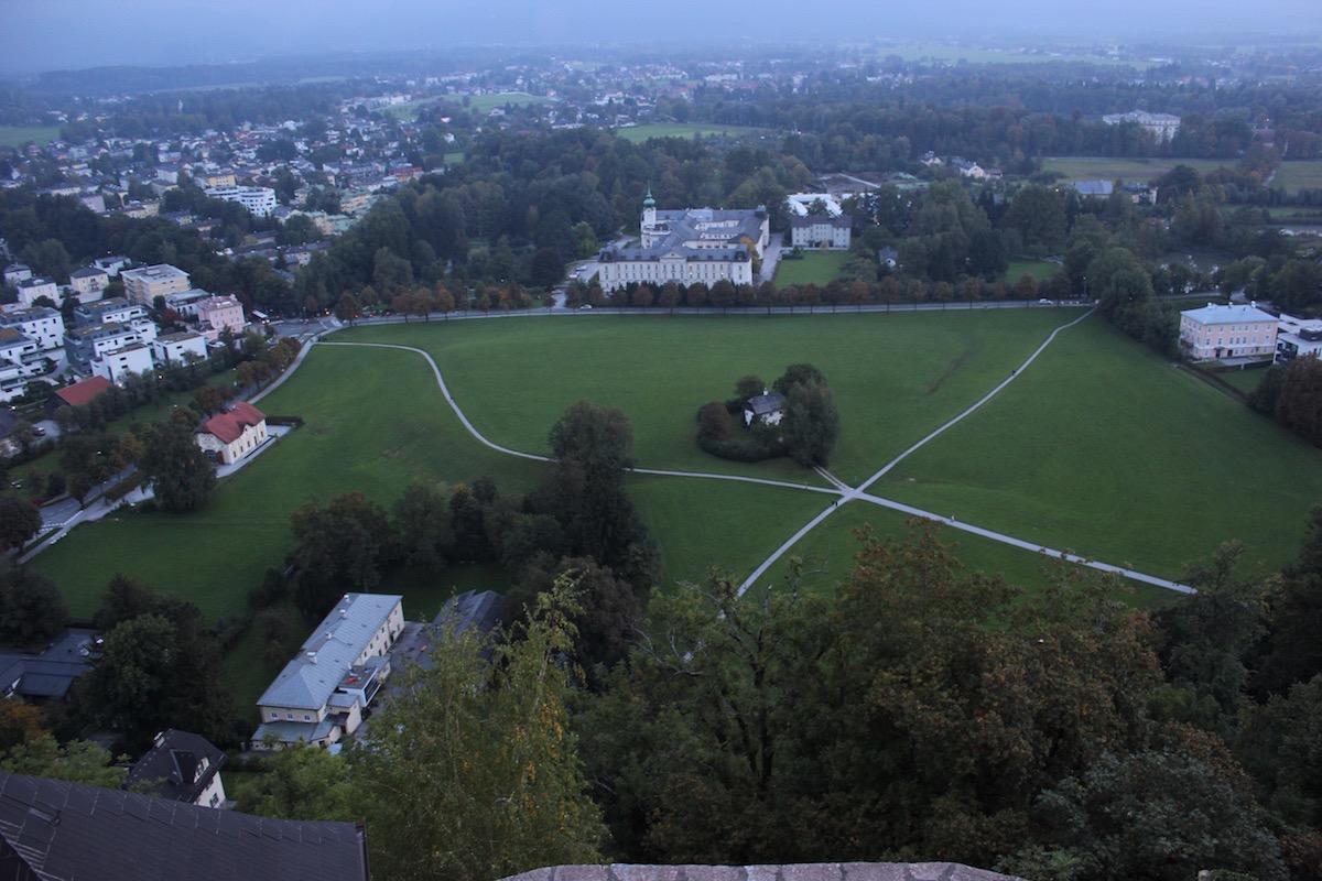 Вид на Зальцбург с южной стены крепости