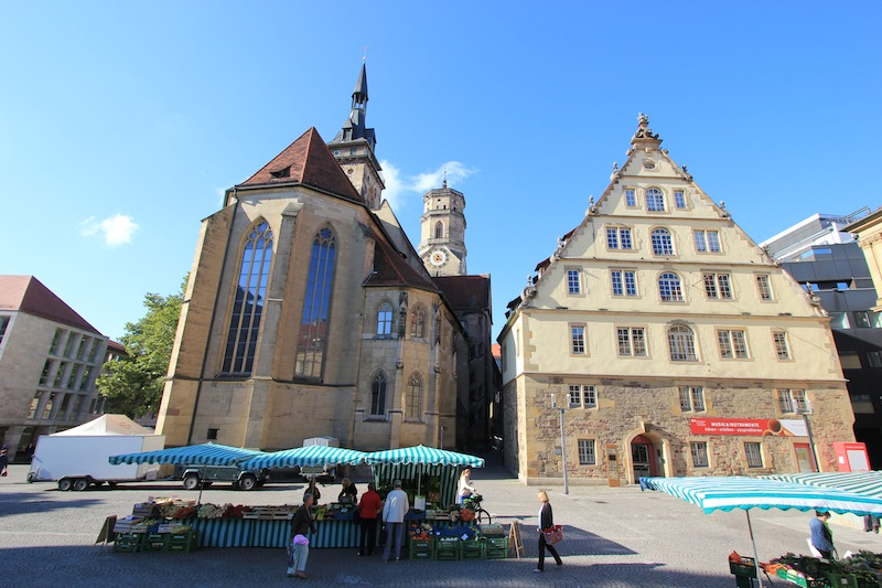 Монастырская церковь и здание Fruchtkasten