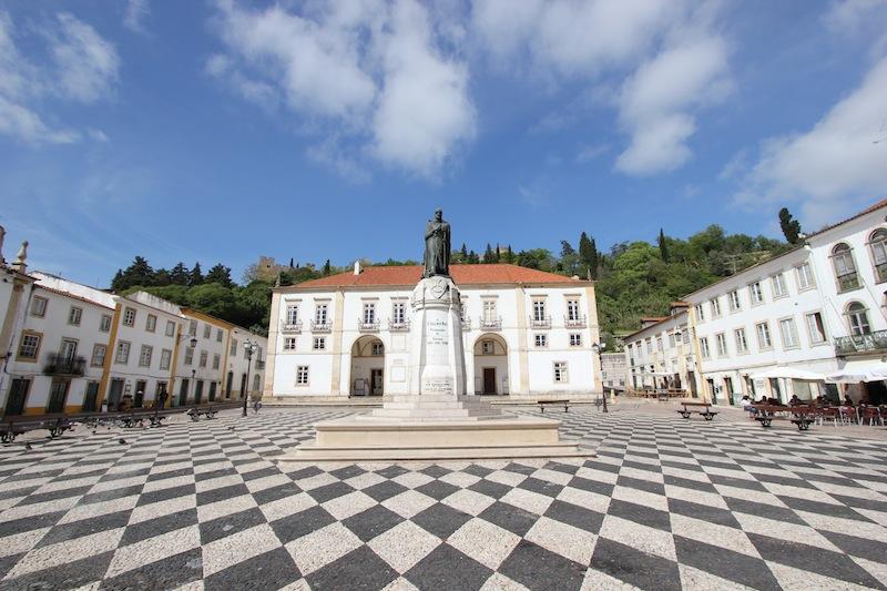 Площадь Республики в Томаре