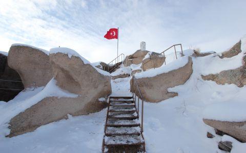 Крепость Учхисар зимой