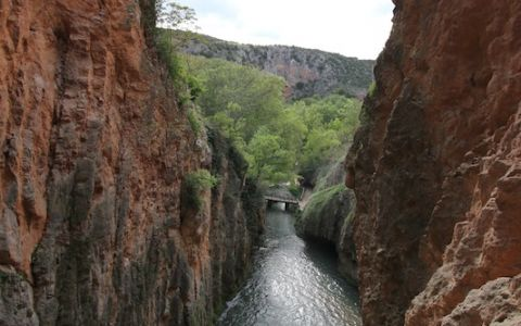 Божественная фантазия. Природный парк Monasterio de Piedra